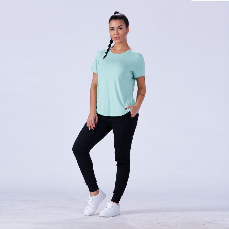 exquisite female t shirt crop in different color exercise room-6