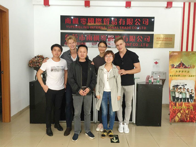 Foreign models who have settled down in China choose us as their stable supplier