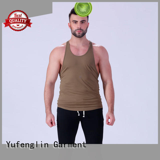 mens tank top fitting-style in gym